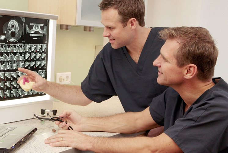 Zahnimplantate in der Implantologie
